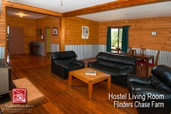 flinders-chase-farm-hostel-living-dine